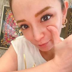 浜崎あゆみ、ドアップ写真を公開も「メイクの濃さ」にツッコミの嵐