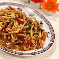 神田うの、豚肉で作った青椒肉絲に賛否の声「お店レベル」「バランス悪い」