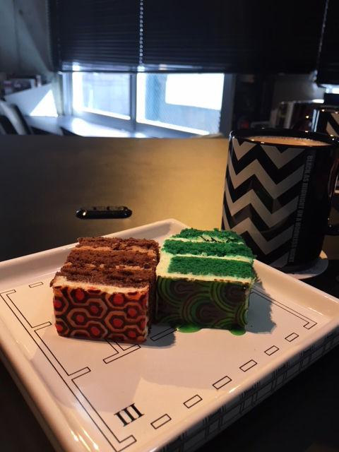 カフェモノクローム・シャイニング・ケーキ・食器デザイン