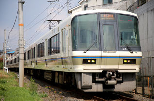 rie17338-24