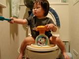 トイレとちび