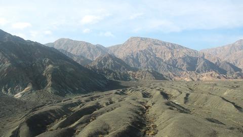 車窓 天山山脈4