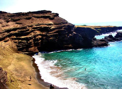 Green_Sand_Beach
