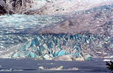Mendenhall_Glacier_01