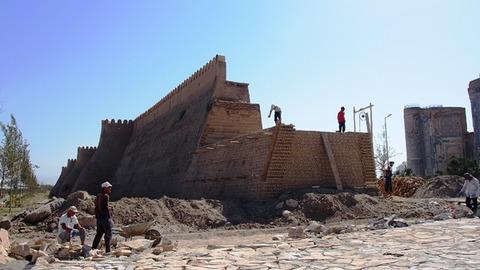 アクサライ 城壁2