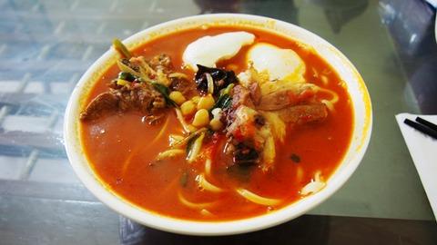 ヤルカンド名物トホル麺