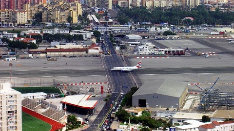 GIBRALTAR_INTERNATIONAL_AIRPORT_03