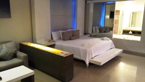 Secrets_Silversands_Room_01