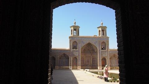 中庭とモスク
