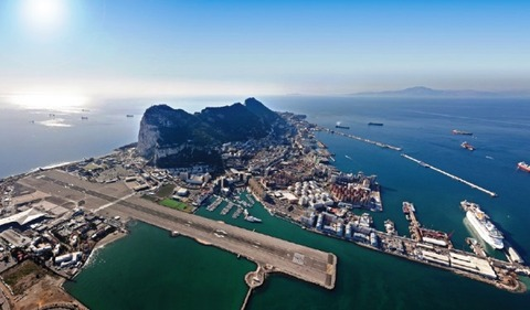 GIBRALTAR_INTERNATIONAL_AIRPORT_01