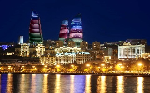 Baku_Night_View_01