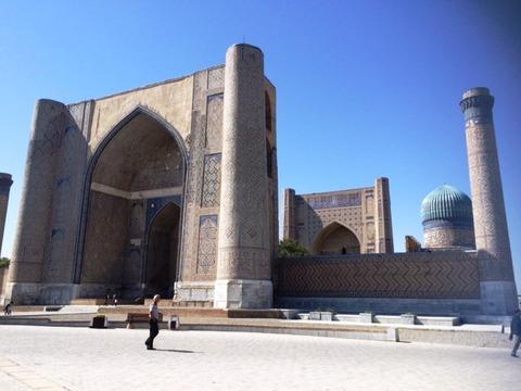Bibi-Khanym Mosque_02