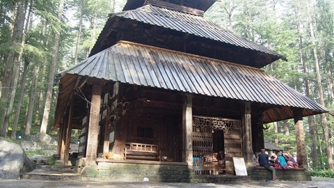ハディンバ寺院