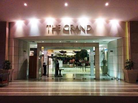 THE_GRAND_03