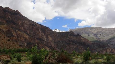 ナンダワ村 雪山遠望
