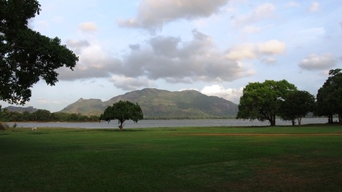 Amaya_Lake_Surroundings
