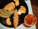 フルーツとシャンパン