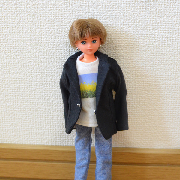 リカちゃんボーイフレンドサイズの黒のジャケット