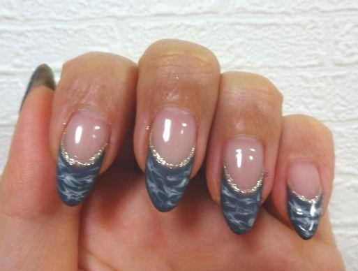 nail gray1