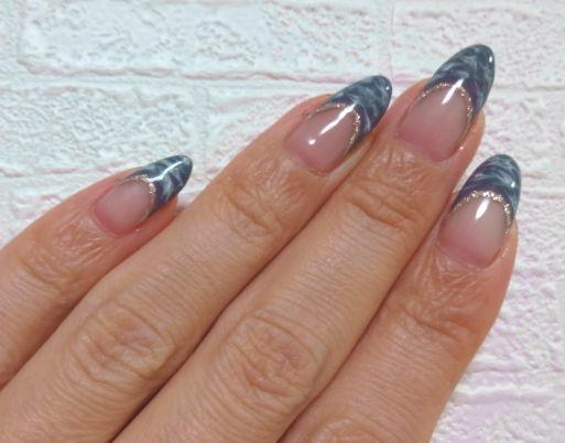 nail gray2