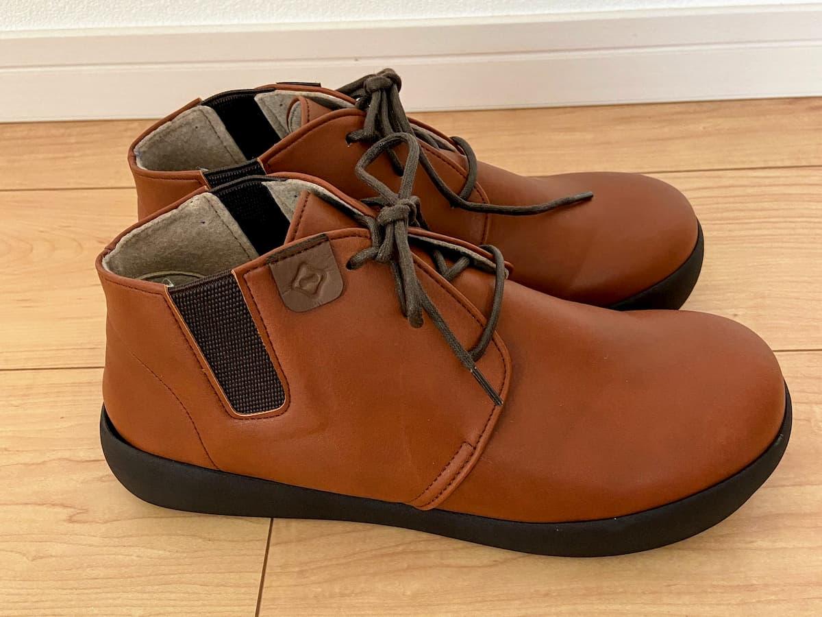 紐靴を購入