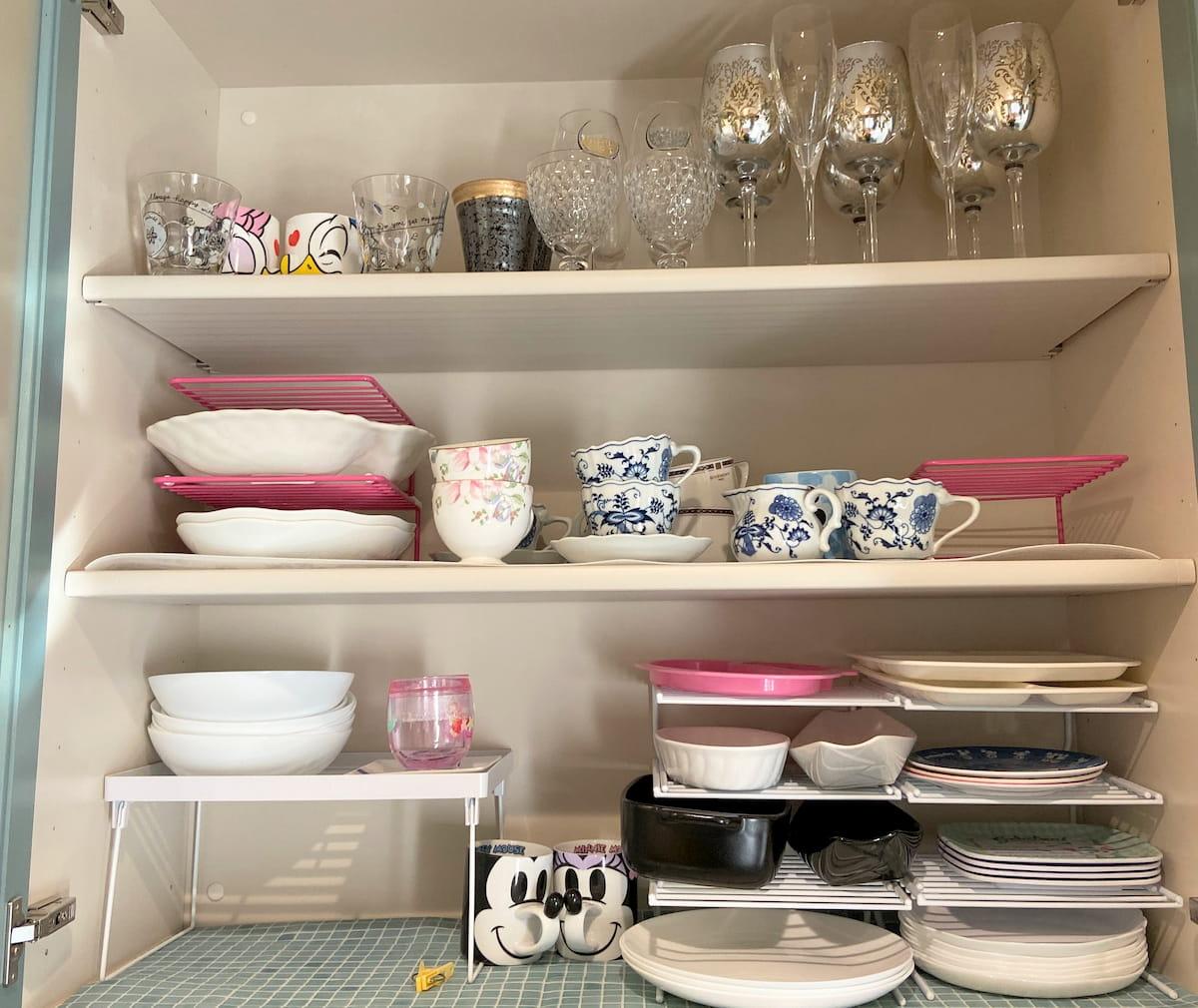 食器棚上段のビフォーアフター