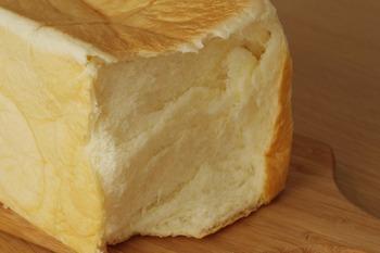 乃が美の高級食パン