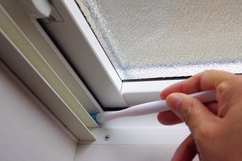 百均掃除道具で窓掃除