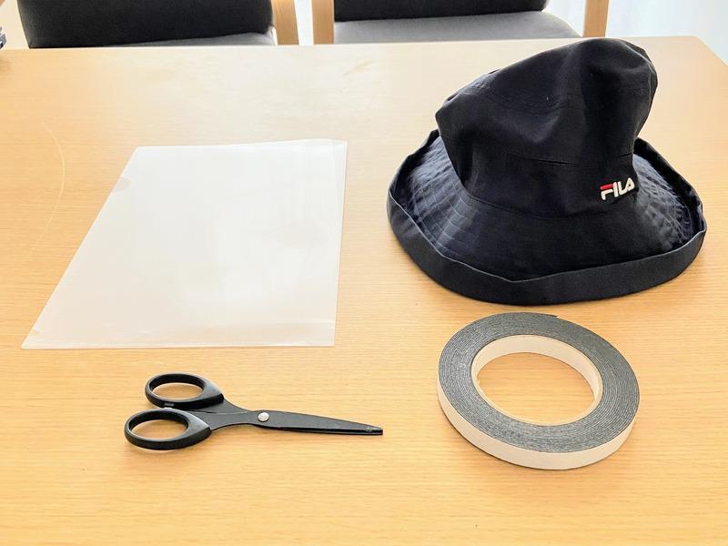 フェイスカバー付き帽子