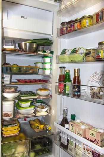 refrigerator-1809344_640