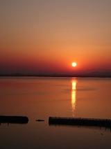 琵琶湖の朝日s