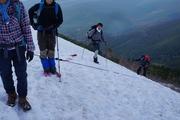 山頂直下の残雪