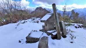 糸魚川の駒ヶ岳山頂