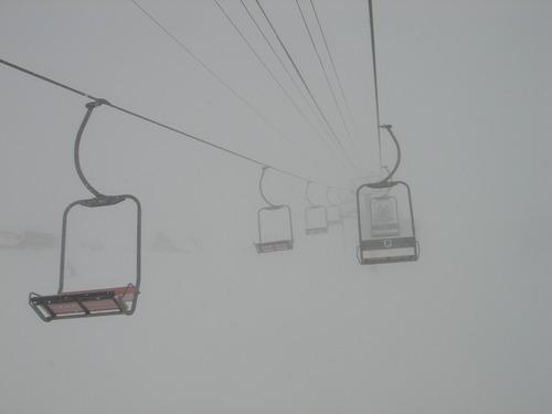 リフト乗車中で五里霧中