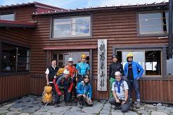 まずは穂高岳山荘さんに到着