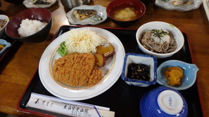 立山室堂山荘さんの夕食♪