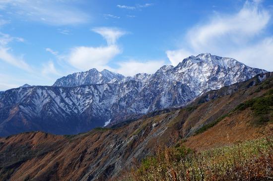 五竜岳(右)と鹿島槍ヶ岳(左)