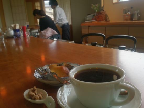 白馬のカフェ「珈琲せんじゅ」さんのカウンター
