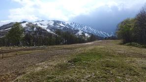 北尾高原は雪解けしたばかり