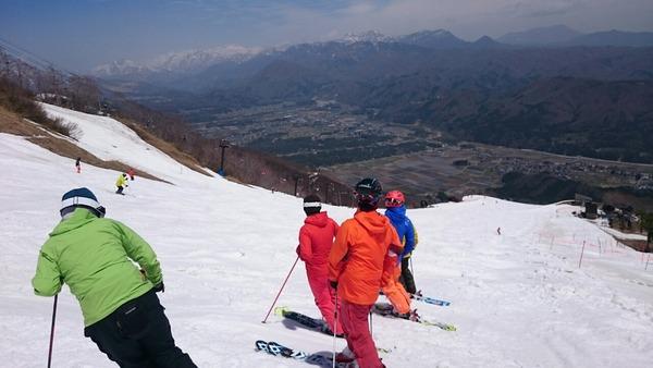 五竜スキー場にて ゲレンデの滑り納め