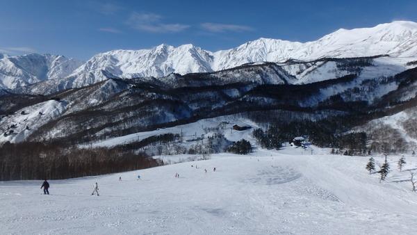 栂池高原スキー場の最上部からの大展望!