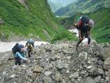 杓子沢の手前の岩ゴロ地帯