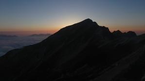 夕暮れの唐松岳