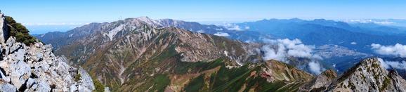 白馬岳・五竜山荘方面のパノラマ