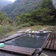 阿曽原温泉小屋の露天風呂