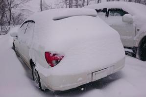 栂池高原スキー場に5時間駐車したマイカー