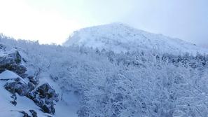 中山峠から東天狗岳を目指して