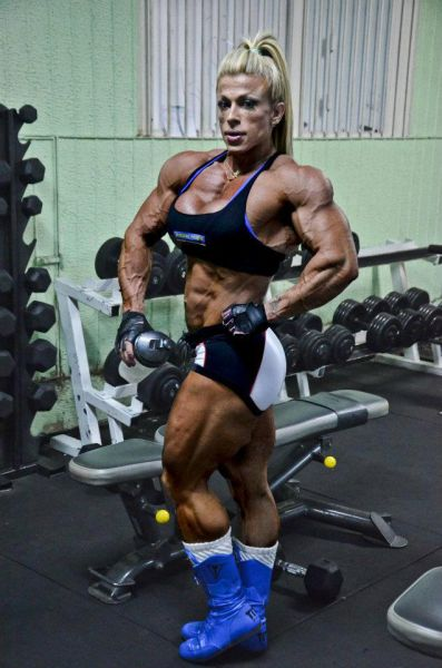 bodybuilding_makes_women_look_like_men_640_26
