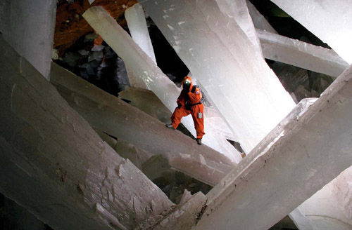 2Crystal Cave