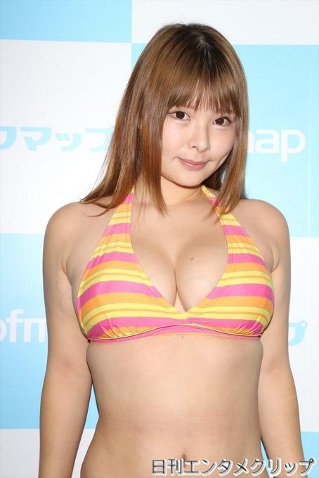 【朗報】ソフマップに恵体巨乳 (※くさそう禁止)